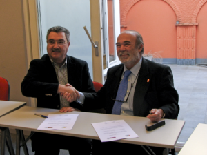 Mr. Mariscal and Dr. Guisado signed the MoU